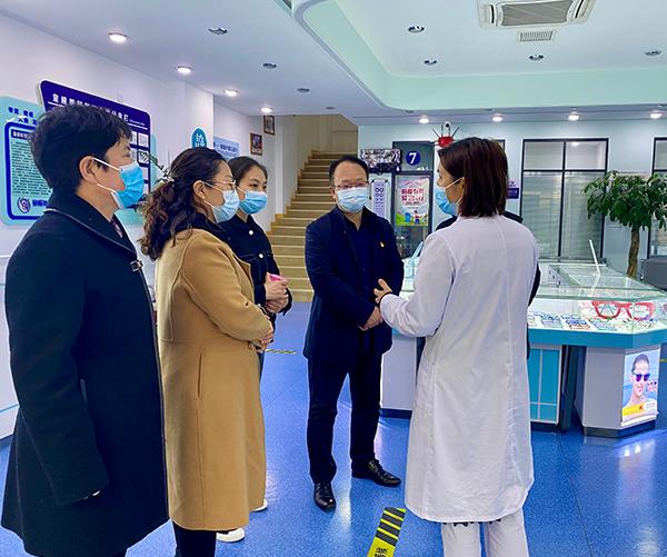 南阳市康复医院院长仵志强一行到郑州童瞳眼科医院参访交流